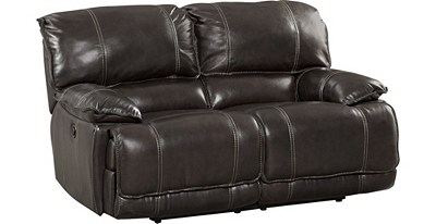 Maddux Loveseat