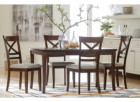 Casual dining havertys for Casual dining table and chairs