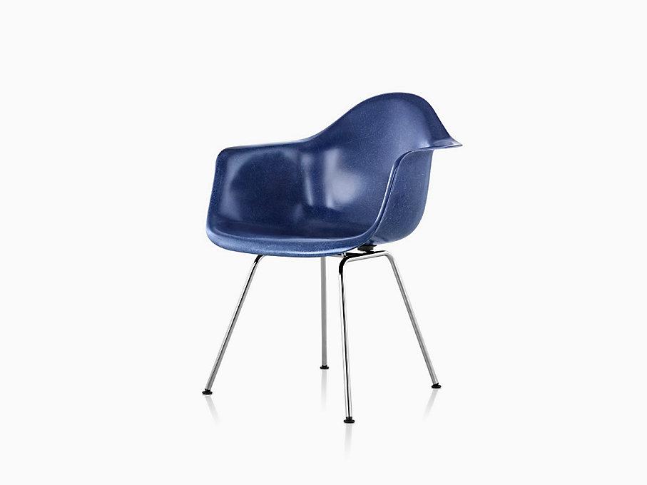 eames molded fiberglass 4 leg armchair herman miller