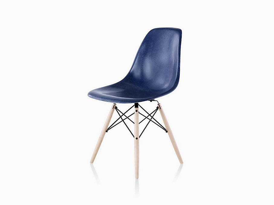 eames molded fiberglass side chair dowel base herman miller. Black Bedroom Furniture Sets. Home Design Ideas