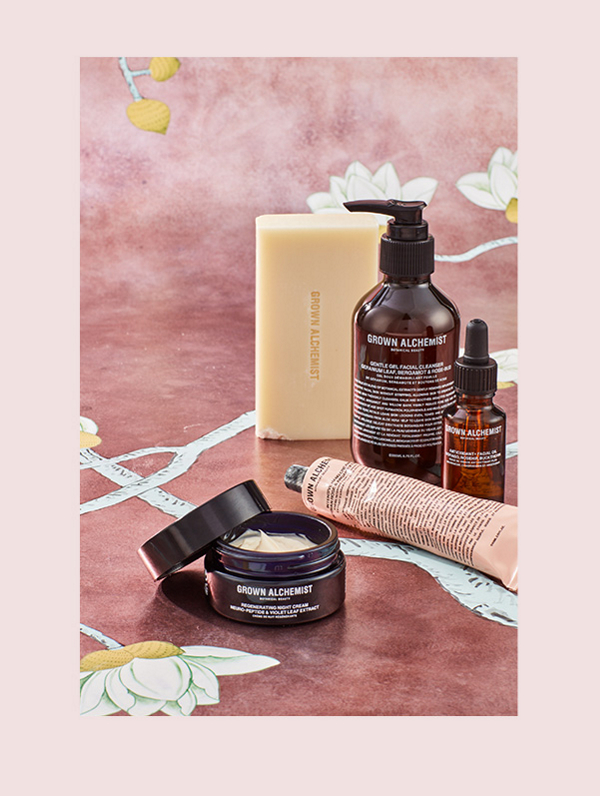 GROWN ALCHEMIST: Grown Alchemist is a new generation of organic skin care formulations comprised of natural technologies that have revolutionized the traditional approach to anti-aging skin care, body and hair care.