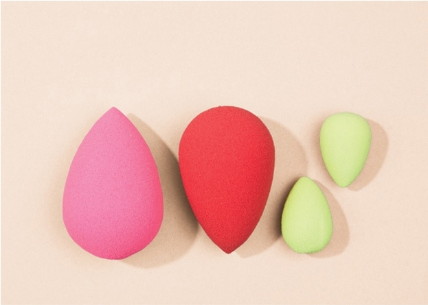 BEAUTYBLENDER® / Sponges