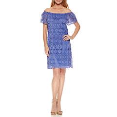 Ronni Nicole Off the Shoulder Lace Shift Dress
