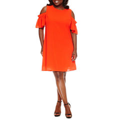 City Streets Short Sleeve Shift Dress-Plus