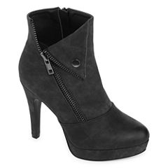 2 Lips Too Snapped Womens Bootie