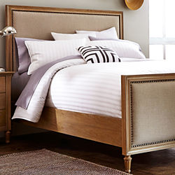 Gabriella Upholstered Queen Bed