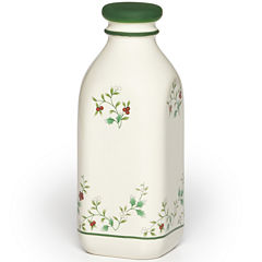 Pfaltzgraff® Winterberry 31-oz. Milk Jug with Lid