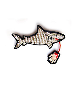 Macon & Lesquoy Shark Pin
