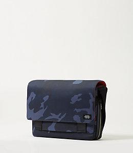 Camo Waxwear Zip Messenger