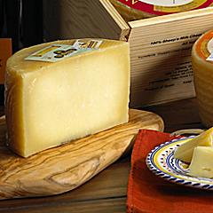 Artisan Villajos Semi-Aged Manchego Cheese