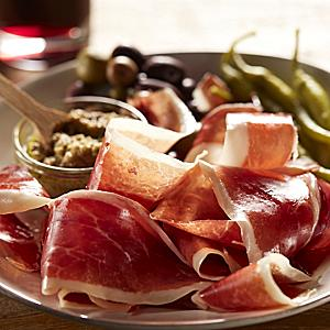 Sliced Jamón Ibérico de Bellota by Peregrino