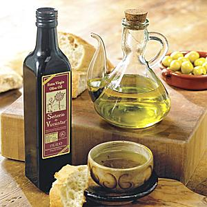Señorío de Vizcántar Olive Oil with Traditional Glass Cruet