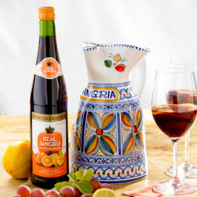 Sangría Wine and Ceramic Pitcher