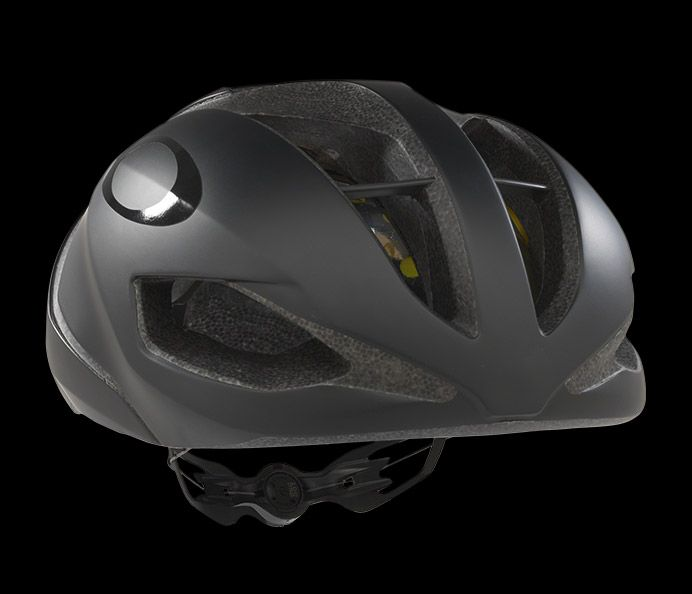 http://s7d2.scene7.com/is/image/LuxotticaOakley/2018_Cycling_Helmets_desktop2018_Cycling_Helmets_ARO52018_Cycling_Helmets12?scl=1