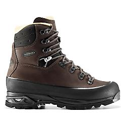 photo: Lowa Baffin Pro backpacking boot