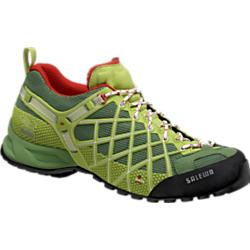 photo: Salewa Wildfire approach shoe