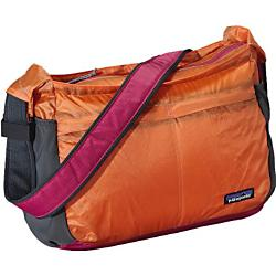 Patagonia LW Travel Courier - New