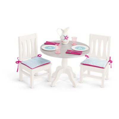 dining table chairs truly me american girl. Black Bedroom Furniture Sets. Home Design Ideas