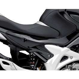 Suzuki Genuine Accessories Side Panel Cover - Carbon Look - Suzuki Genuine Accessories Flyscreen - Light Smoke