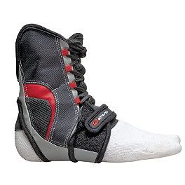 EVS Ab05 Ankle Brace - Shock Doctor 849 Ultra Lite Ankle Support