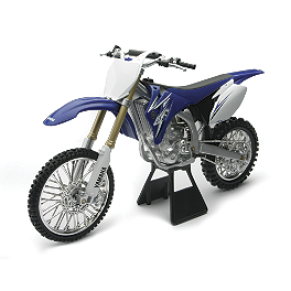 New Ray Toys 1:12 YZ450F 09 - Akrapovic Evolution EC Type Full System Exhaust - Carbon Fiber