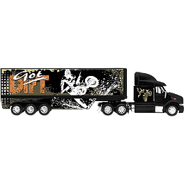 New Ray Toys 1:32 Got Dirt Long Hauler Truck - New Ray Toys 1:32 Monster Kawasaki Racing Truck