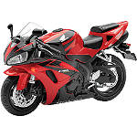 New Ray Toys 1:12 Scale 2006 Honda CBR1000RR Replica With Lights And Sound -