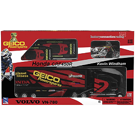 New Ray Toys Kevin Windham Ultimate Gift Set - New Ray Toys Chad Reed 22 Ultimate Gift Set