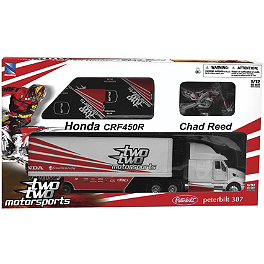 New Ray Toys Chad Reed 22 Ultimate Gift Set - New Ray Toys 1:32 Monster Kawasaki Racing Truck