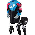 13 OI Y CARBON COMBO - One Industries Utility ATV Pants, Jersey, Glove Combos