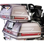 Show Chrome Cruis Wing 400 Accent Grilles - Cruiser Fairing Kits and Accessories