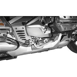 Show Chrome Lower Exhaust Cowls - Yamaha Star Accessories Hard Saddlebags - Pearl White