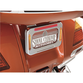 Show Chrome License Plate Holder With LED Brake Light And Turn Signals - 2002 Yamaha V Star 1100 Classic - XVS1100A Show Chrome Domed Billet Fork Stem Cover