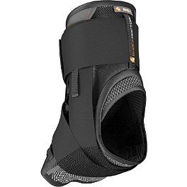 Shock Doctor 851 Ultra Lace Ankle Support - Shock Doctor 870 Knee Stabilizer