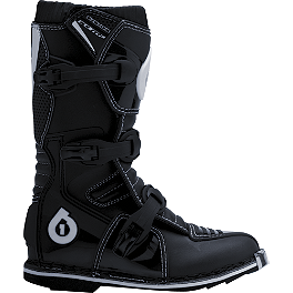 2013 SixSixOne Youth Comp Boots - AXO Youth Elbow Cups