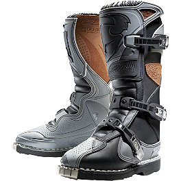 2013 Thor Women's Quadrant Boots - 2014 Fox Women's Comp 5 Boots