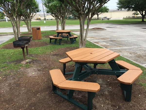 NBF Style Offices To Inspire Your Business Makeover NBF Blog - Office picnic table