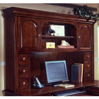 "66""W Overhead Storage Hutch, 15478"