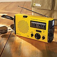 National Geographic AM/FM and NOAA Self-powered Radio