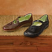 Women's Maori Fern Travel Shoes - Get Details