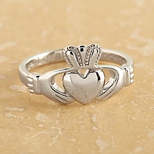 View Sterling Silver Claddagh Ring image