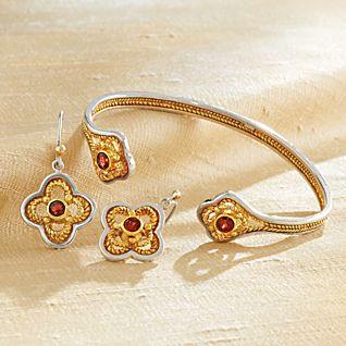 View Indonesian Garnet Filigree Earrings image