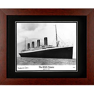 Signed <i>Titanic</i> Sailing Photo