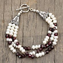 Handcrafted Pearl and Garnet Indian Bracelet