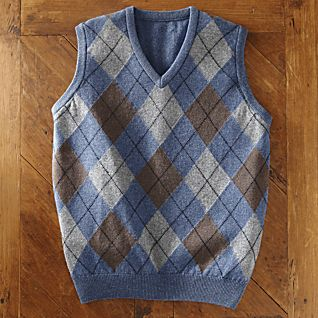 View Scottish Lamb's-wool Argyle Vest image