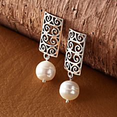 Handcrafted Gates of Charleston Pearl Earrings