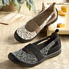 Women's Lace-Look Mary Jane Travel Shoes