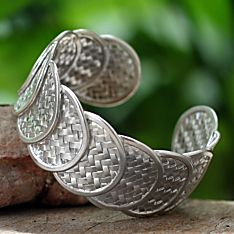Handcrafted Thai Shield of Honor Bracelet