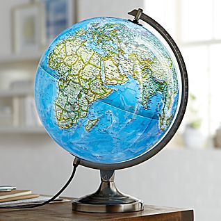 View National Geographic Bartlett Illuminated Globe image