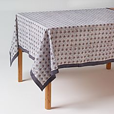 100% Cotton Bleu D'chine Hand-Printed Tablecloth